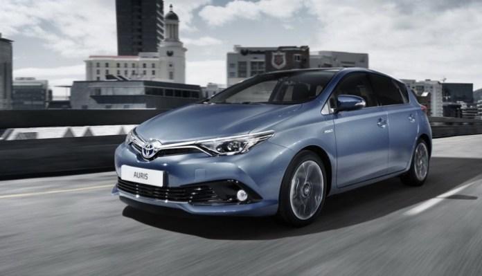 Toyota Auris facelift 2015 (1)