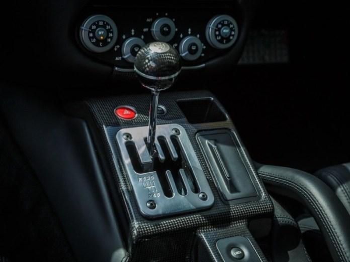 ferrari-599-manual-010