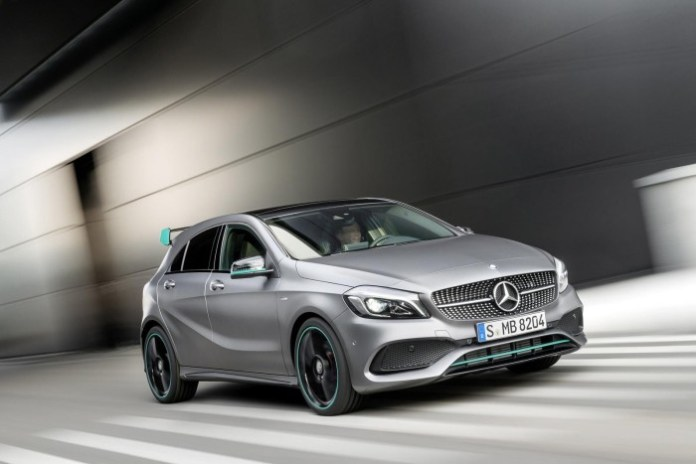 2016-Mercedes-Benz-A45-AMG-facelift-3
