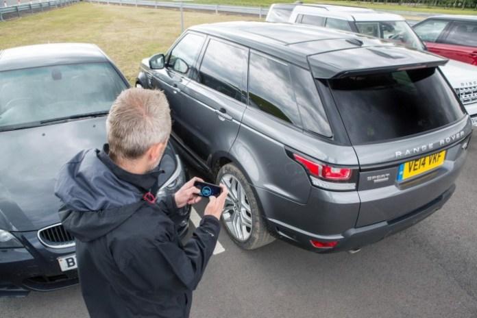 Jaguar-Land-Rover-showcase-a-remote-control-Range-Rover-Sport-7