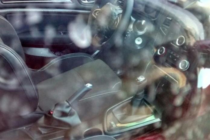 Renault Megane 2016 spy photos (1)