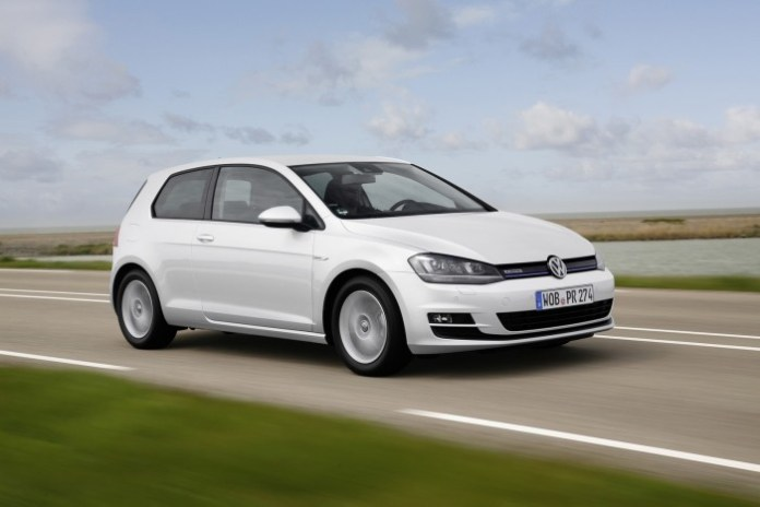 Volkswagen Golf 1.0 TSI BlueMotion (10)