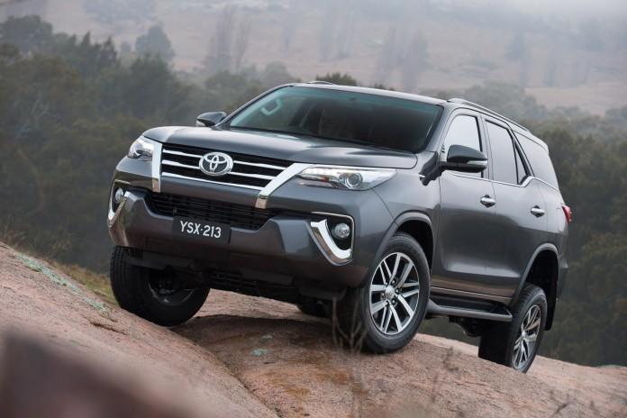 Toyota Fortuner 2016 (1)