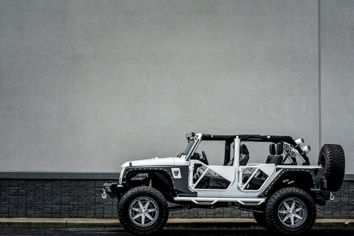 bms-jeep-wrangler-with-forgiato-wheels-is-called-betty-white-photo-gallery_2