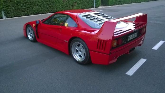 1992-Ferrari-F40_Coys-Nurburgring-696x391