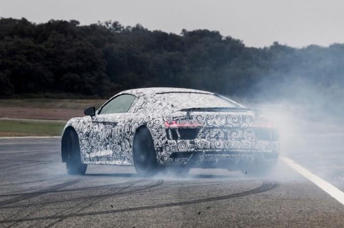 2016-Audi-R8-V10-Plus-5