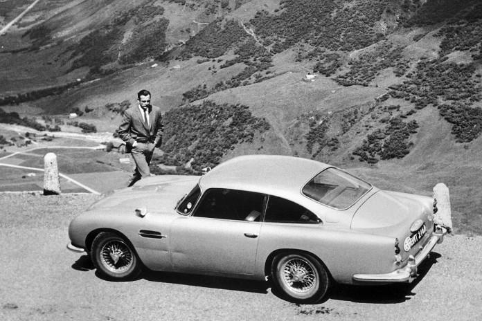 Aston-Martin-DB5-James-Bond-007-Sean-Connery-Goldfinger-1200x800-bf493c6f28b977e5