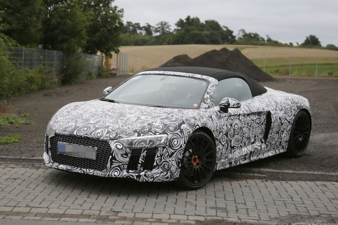 Audi R8 Spyder 2017 spy photos (4)