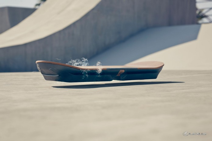 Lexus_Hoverboard_002_FAA2450E8FEB8FB0D37CAE8803CD33312A50E30F