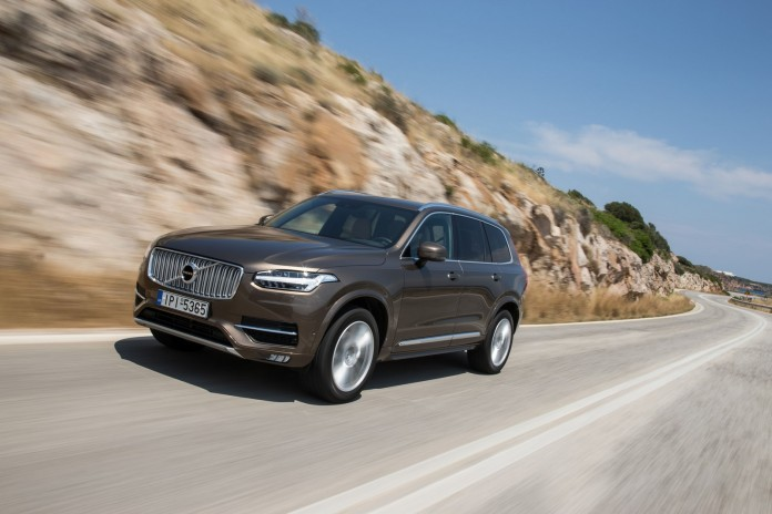 NEW-VOLVO-XC90-IN-GREECE_38