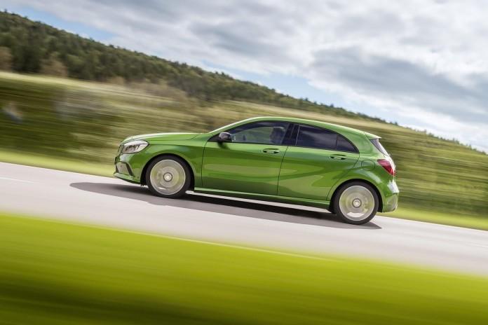 2016-Mercedes-Benz-A45-AMG-facelift-45