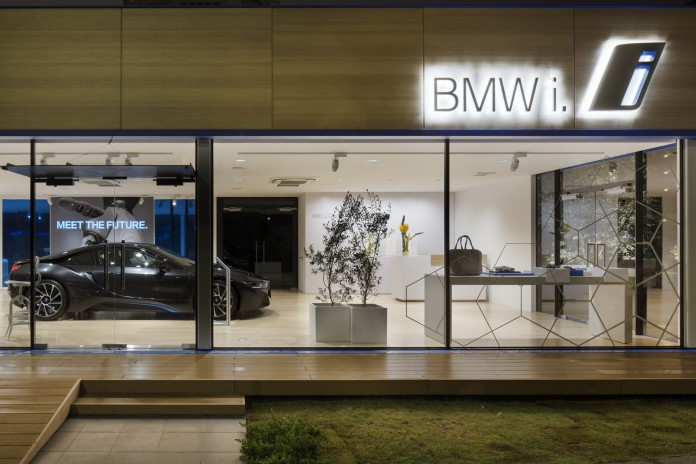 BMW-Showroom-7