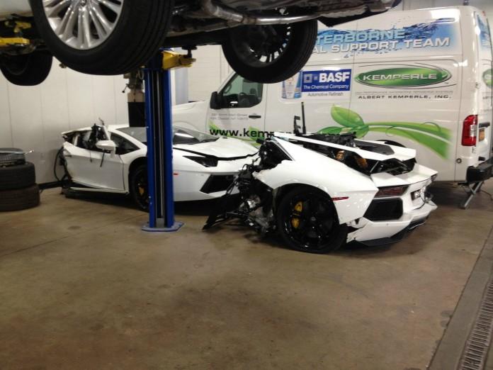 Crashed Lamborghini Aventador (3)