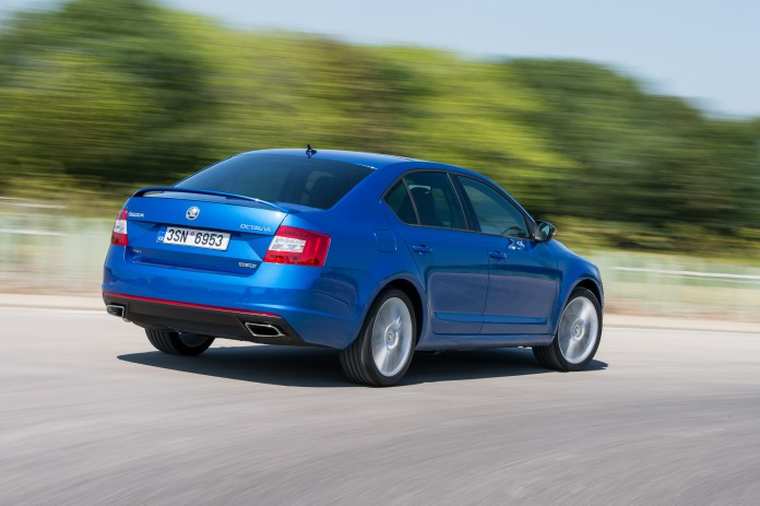 skoda-octavia-rs-now-available-with-awd-and-6-speed-dsg-gearbox_2
