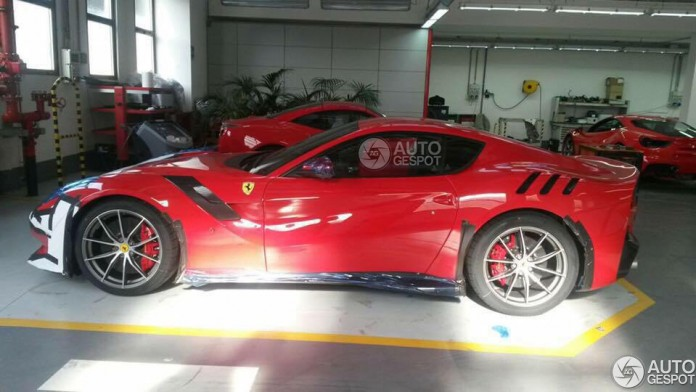 Ferrari F12tdf live photos (1)