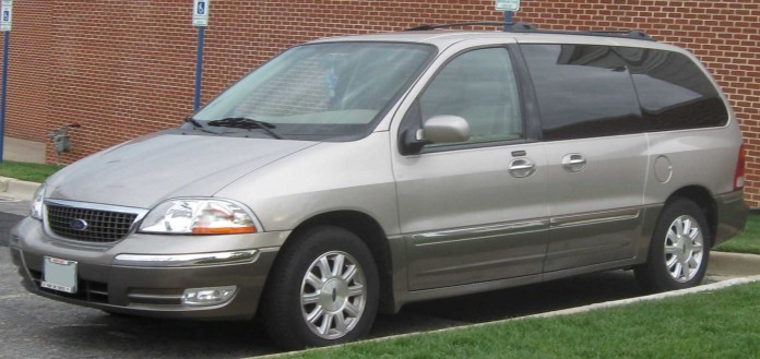 Ford-Windstar-Limited-2002