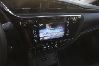 Test_Drive_Toyota_Auris_38