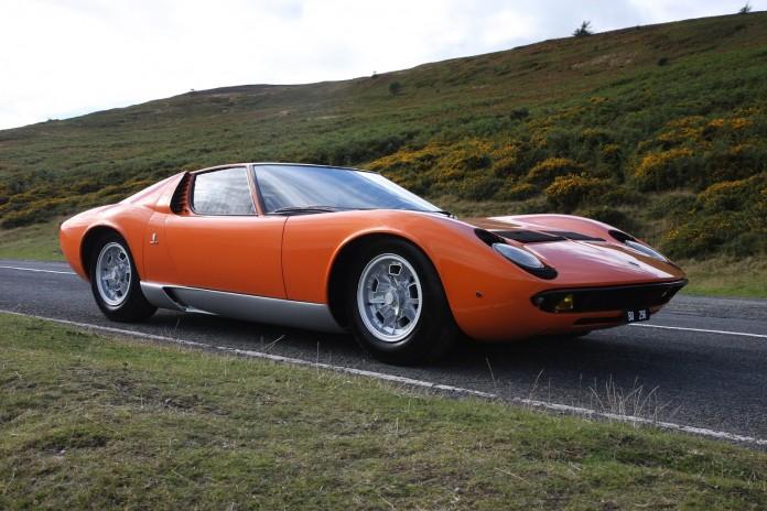 1968+Lamborghini+Miura+The+Italian+Job+2