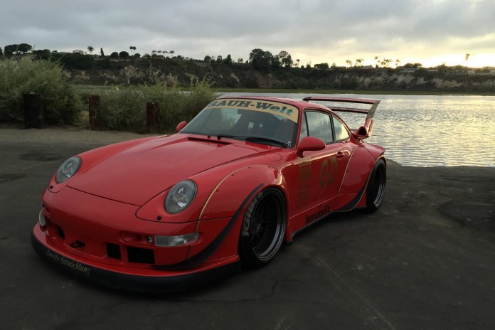 1995_Porsche_993_by_RWB_for_sale_02