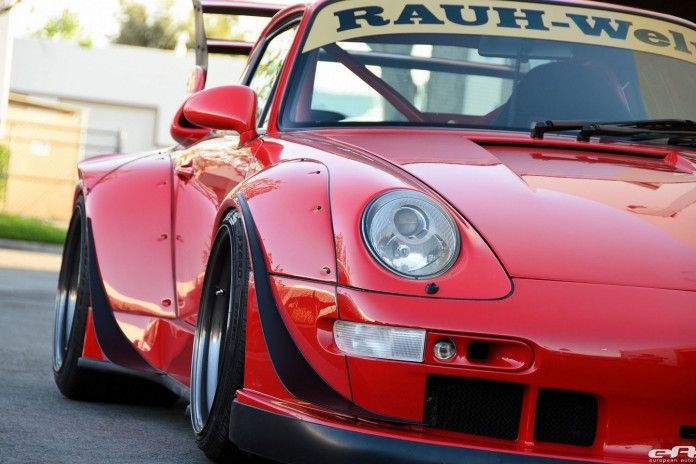 1995_Porsche_993_by_RWB_for_sale_05