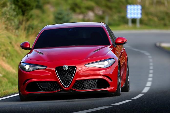 2016-Alfa-Romeo-Giulia-Quadrifoglio