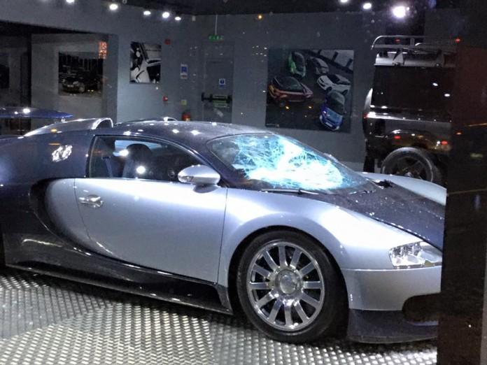 Bugatti Veyron Kahn (1)