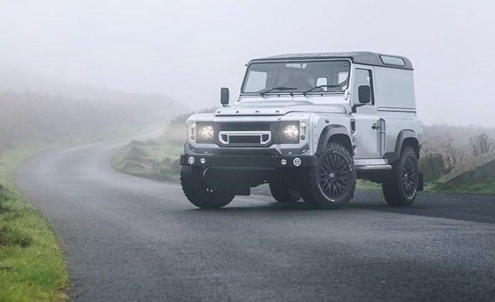 Land Rover Defender Chelsea Wide Track by A. Kahn Design (1)