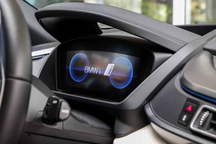 Test_Drive_BMW_i8_92