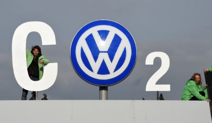 vw logo co2 volkswagen
