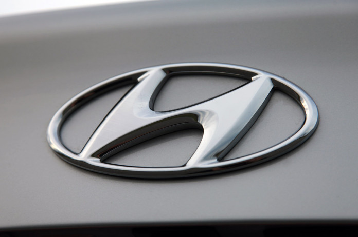 16-2011-hyundai-elantra-review