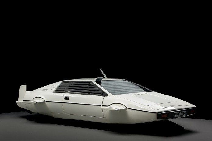 1977-lotus-esprit-submarine-james-bond-5
