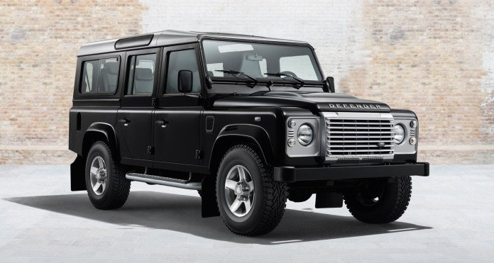 2014_land_rover_defender_black_and_silver_packs_3_1920x1080