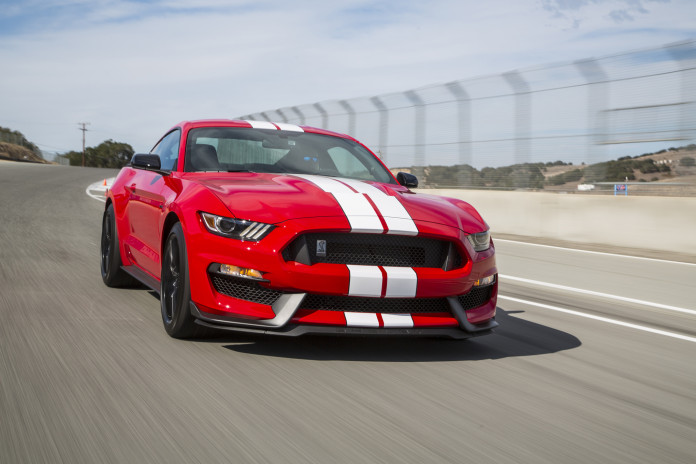2016-Ford-Shelby-GT350-Mustang-front-three-quarter-in-motion-03