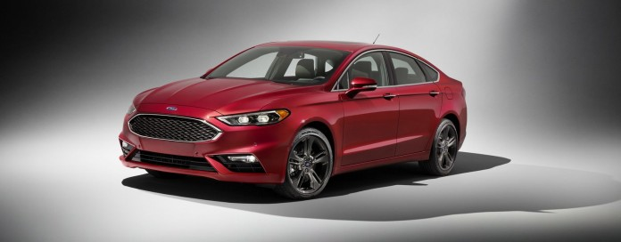 2017_Ford_Fusion_03