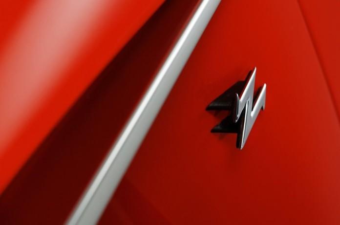 Aston_Martin-V12_Zagato_Concept_2011_1280x960_wallpaper_06