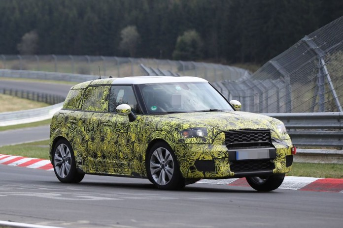 Mini Countryman 2017 spy photos (3)