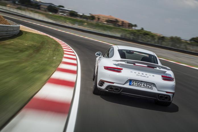 Porsche 911 Turbo and Turbo S 2017 (10)