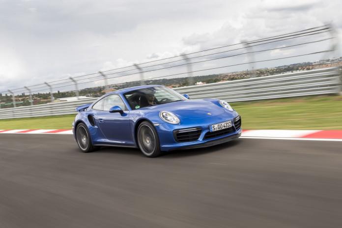 Porsche 911 Turbo and Turbo S 2017 (32)