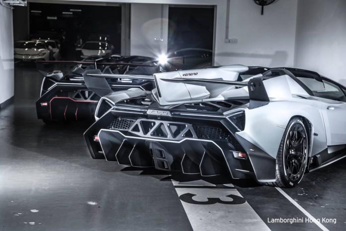Two Lamborghini Veneno Roadster at Hong Kong (4)