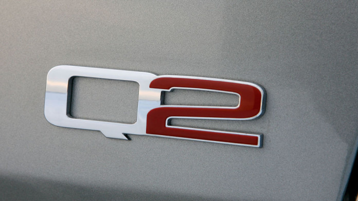 alfa-romeo-gt-q2-badge