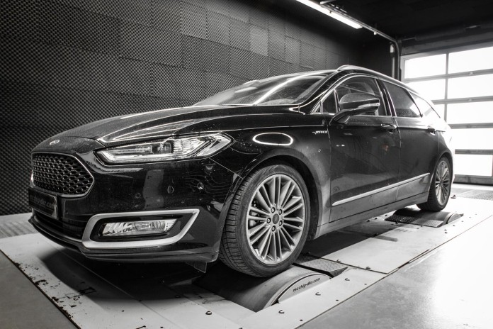 ford-mondeo-20-bi-turbo-diesel-tuned-to-235-hp-by-mcchip_1