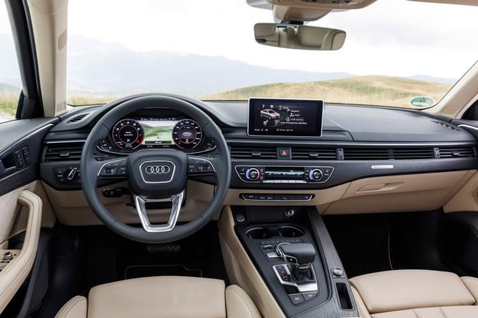 2016_Audi_A4_82