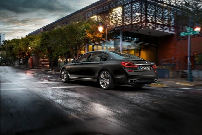 2017 BMW M760i xDrive 15