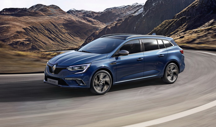 2017-renault-megane-estate-1