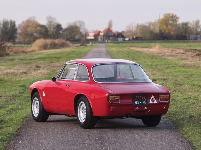 Alfa-Romeo-Giulia-Sprint-GTA-Auction-auction-3-696x522.jpg?resize=696%2C522