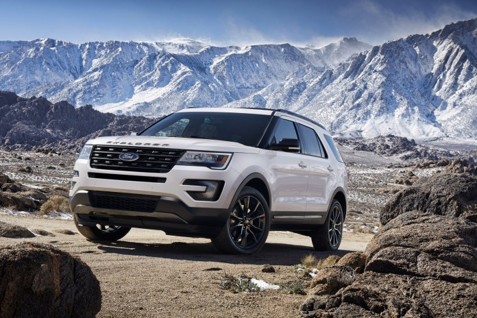 The 2017 Ford Explorer XLT Sport Appearance Package comes equipped with standard XLT features including a 3.5-liter V6 engine, Intelligent Access with push-button start and SYNC® 3. Preproduction model shown; available summer 2016.