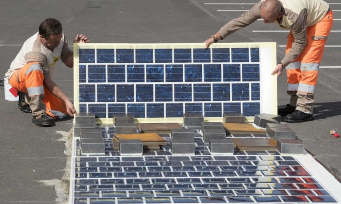 France solar panels on roads (1)