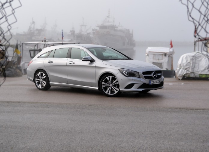 Mercedes-Benz CLA200 Shooting Brake 1