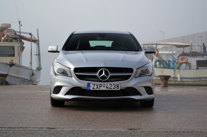 Mercedes-Benz CLA200 Shooting Brake 3