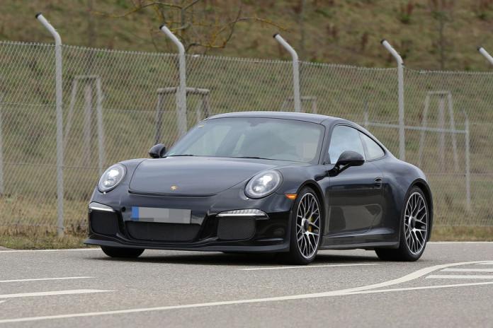 Porsche 911 R spy photos (1)